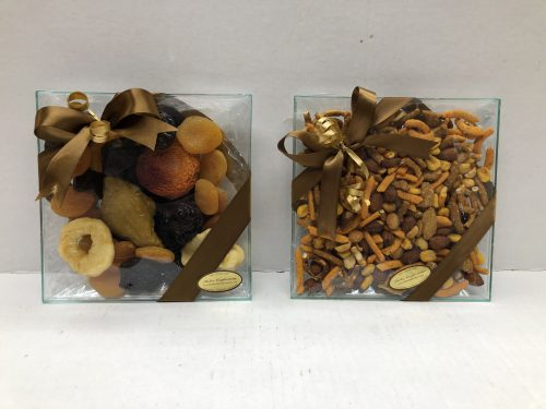 Small dried fruit or nut tray.